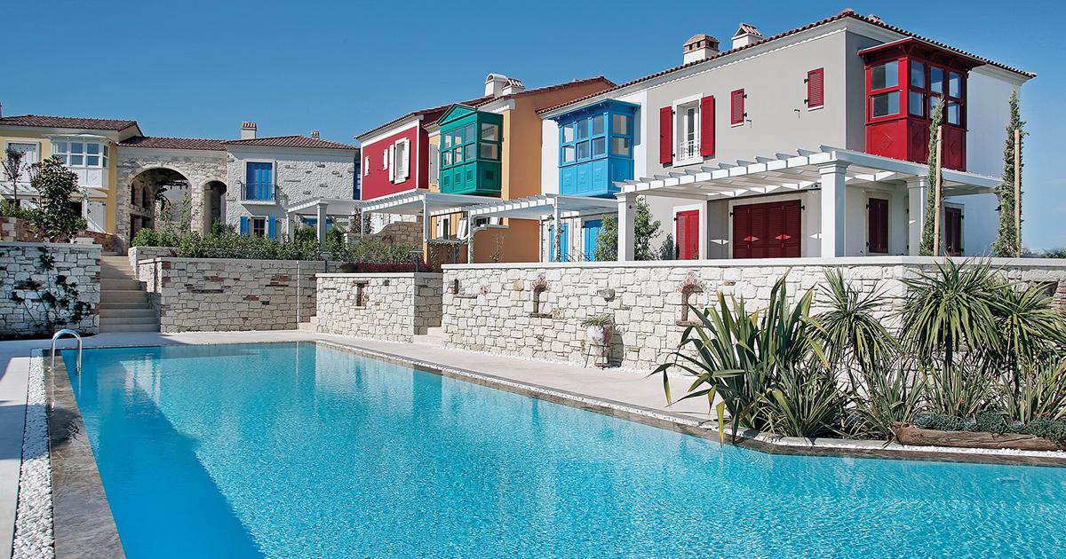 Sample Villas Await Visitors!